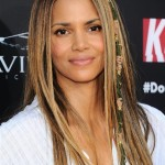 Halle-Berry-Kidnap-Movie-Premiere-Red-Carpet-Fashion-